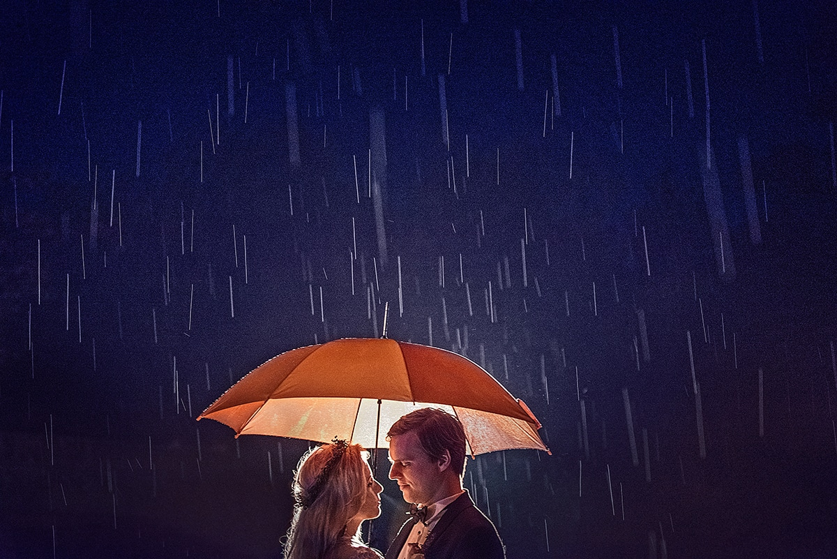 Karolina i Sławek - w strugach deszczu