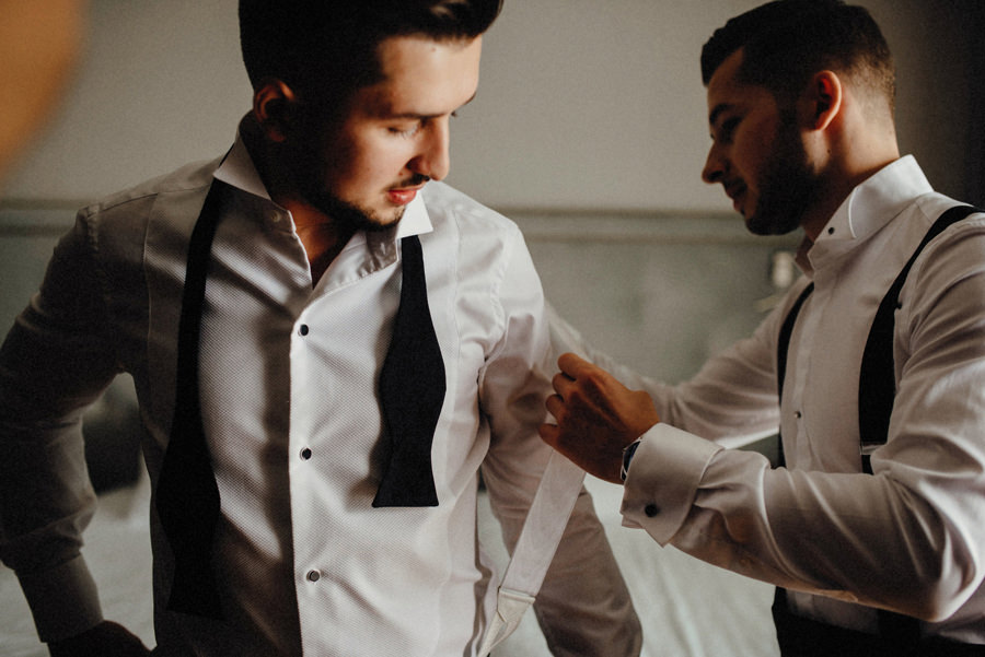 przygotowania pana młodego do ślubu w Bieszczadach
