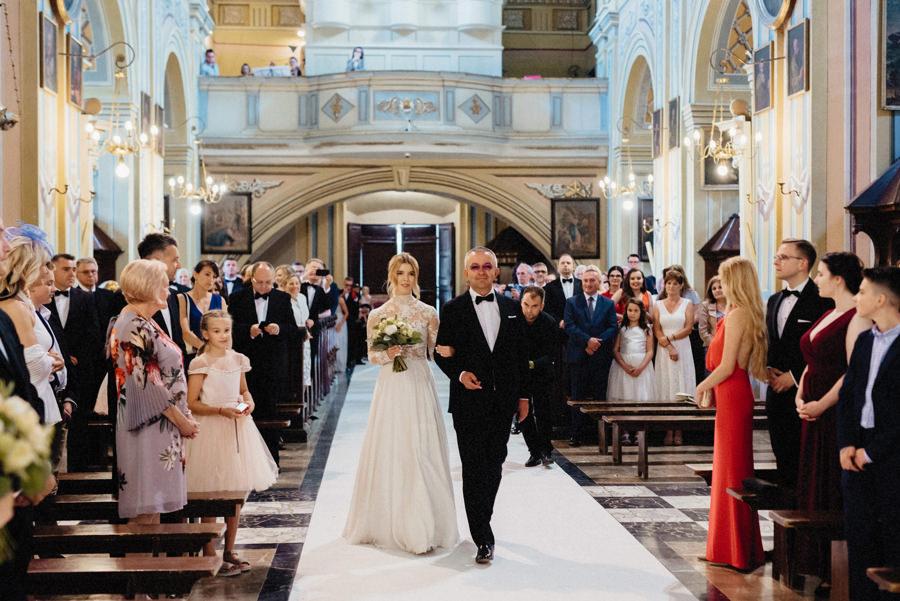 ślub kościelny w beiszczadach